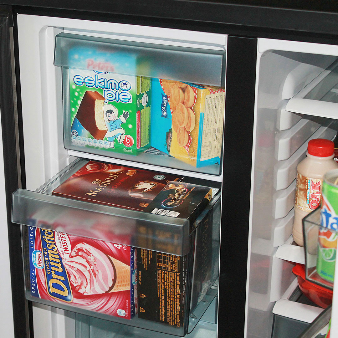 Airflo fridge freezer combination 5