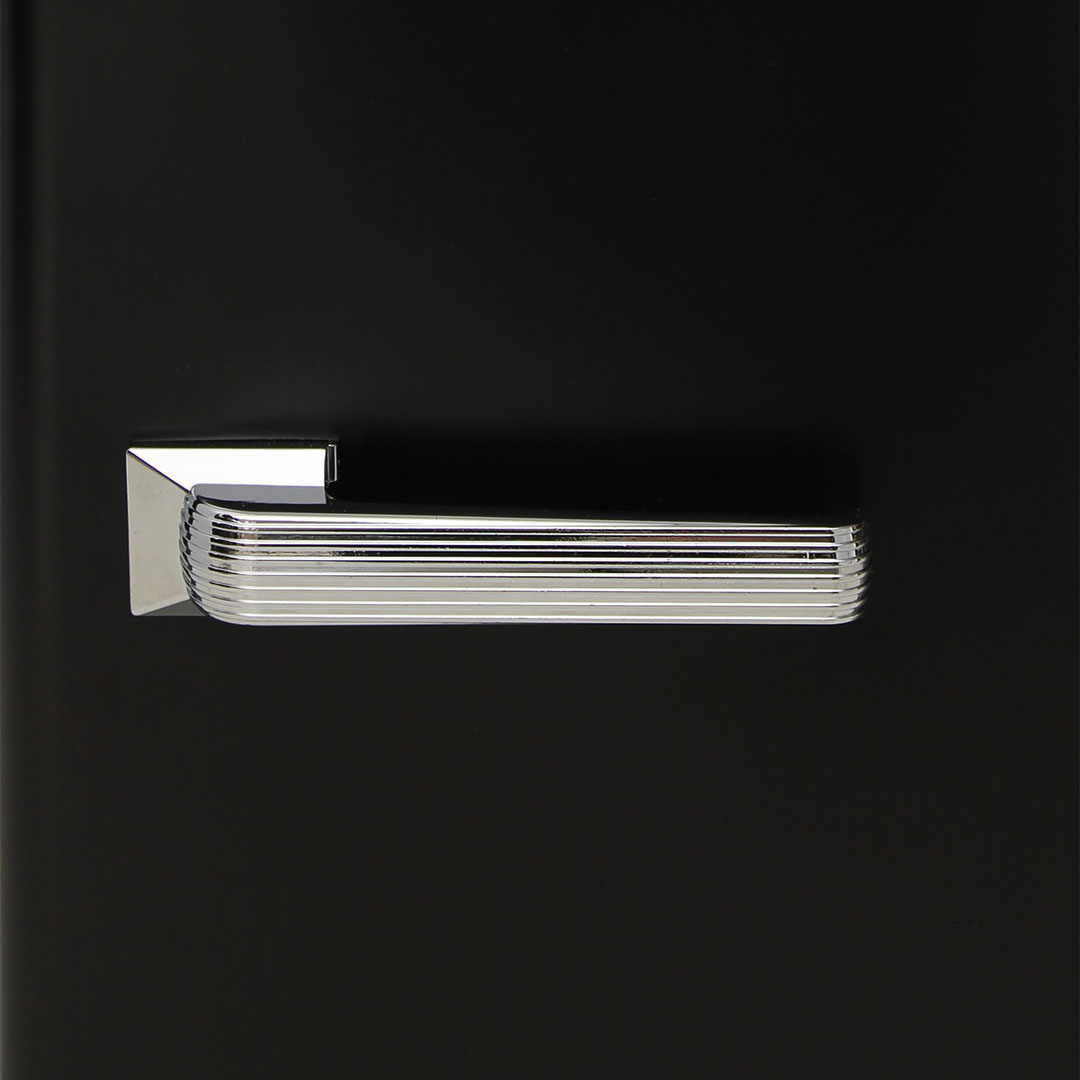 Retro Mini Bar Fridge  - Chromed Handle