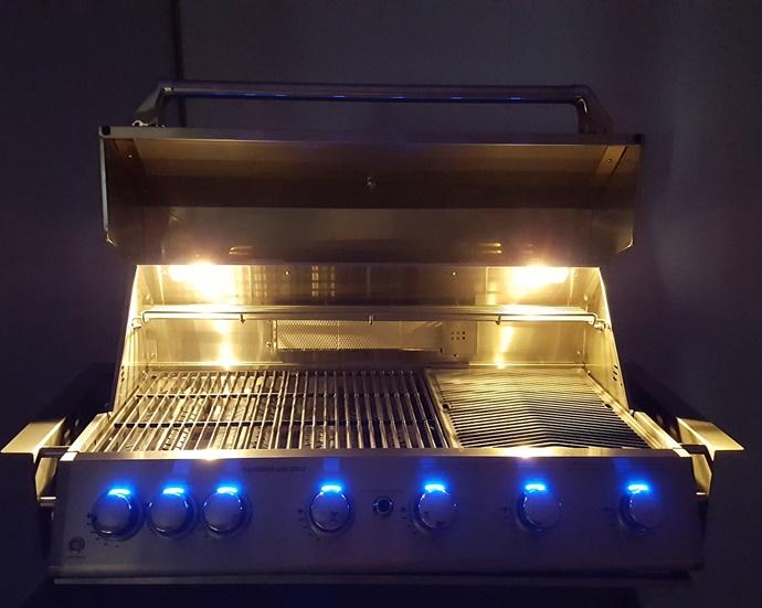 Halogen Cooking Lights and Blue Led Lighting On Knobs