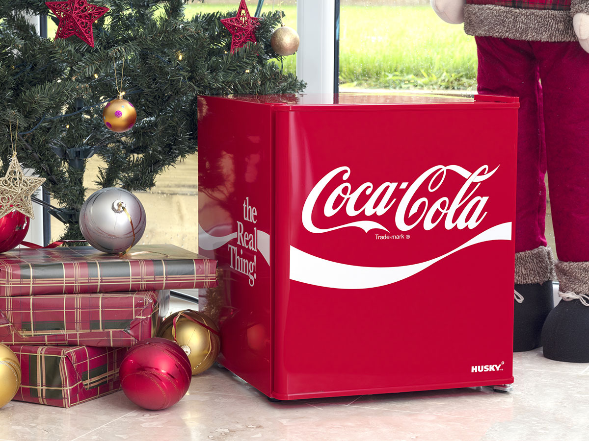 Coca Cola Retro Mini Glass Door Bar Fridge Looks Great