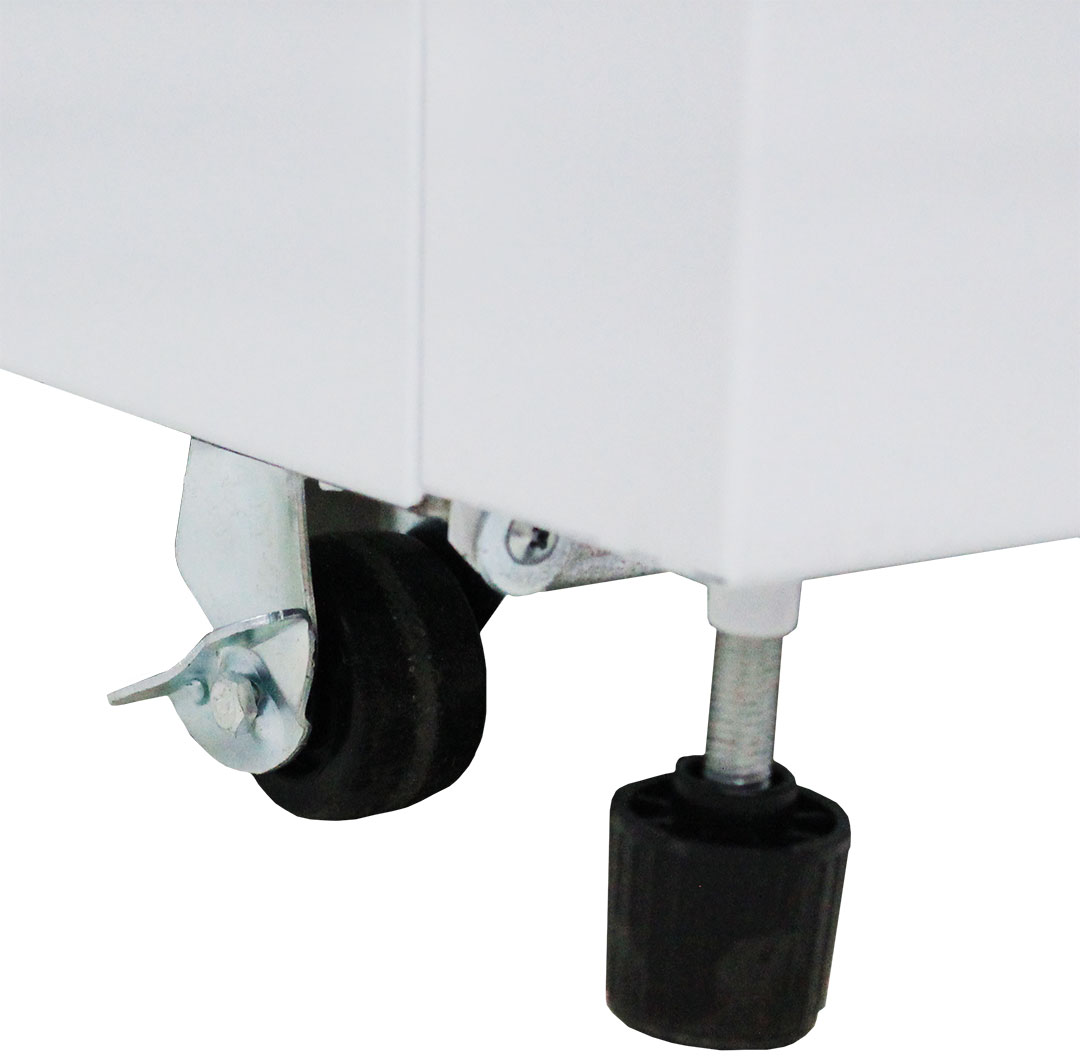 Unique Castors for positioning and feet for stabelising