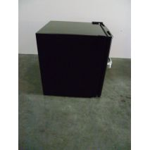 Glass Door Black Bar Fridge Model SC52-CUR light